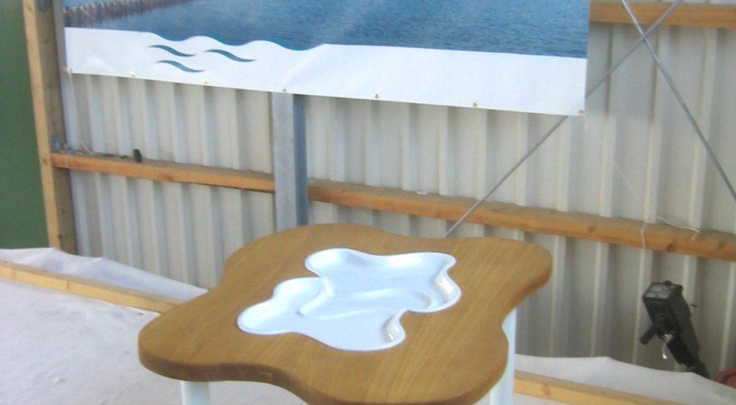 Ein Tisch für den Naturschutz - Kunstobjekt Soziale Kunst Manfred Webel